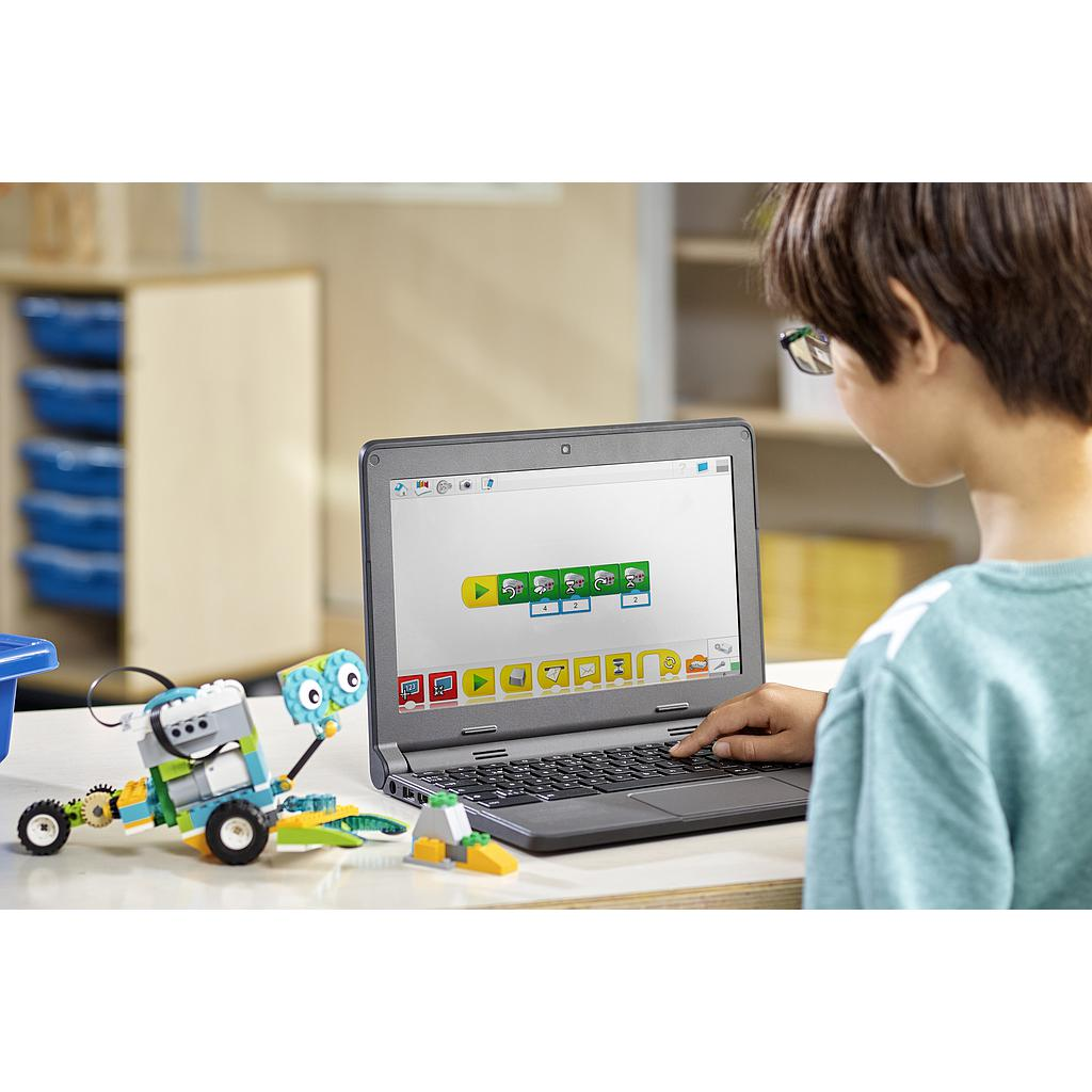 lego_education_wedo_2.0_45300L-3.jpg
