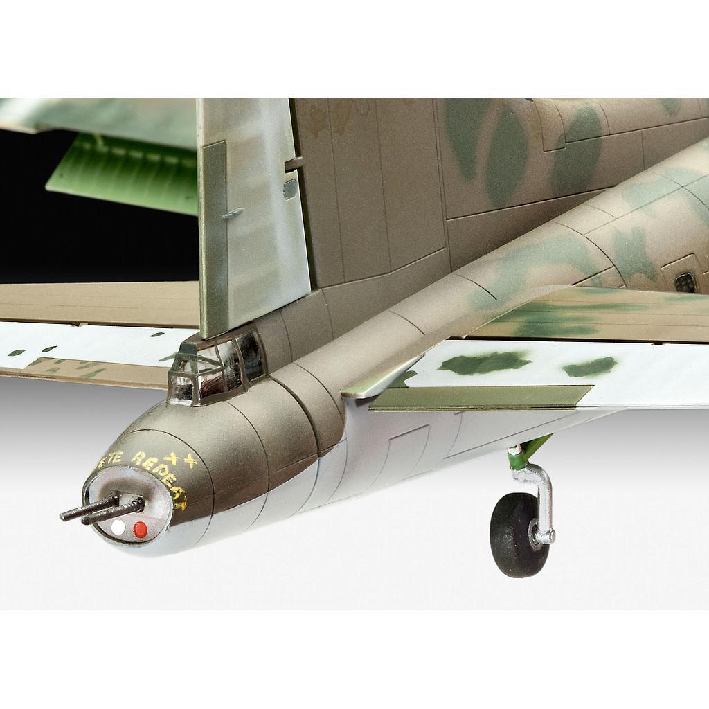 Revell B-17F Memphis Belle 1:72