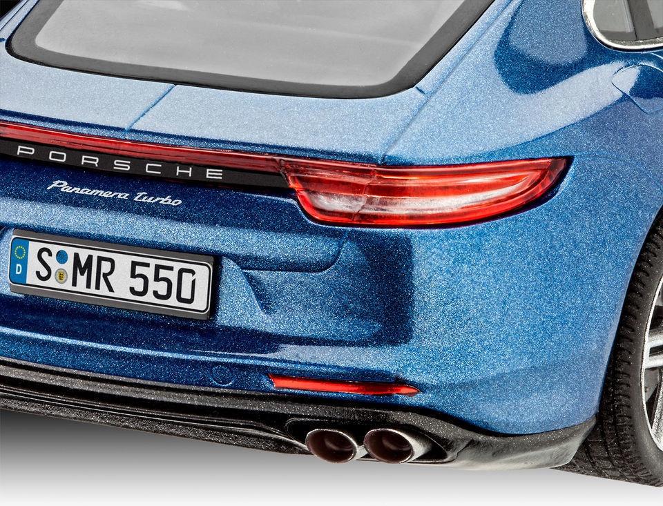 Revell mudelikomplekt Porsche Panamera Turbo 1:24