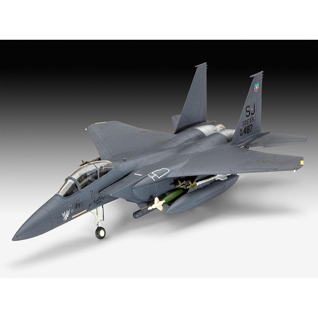 Revell mudelikomplekt F-15E STRIKE EAGLE & bombs 1:144