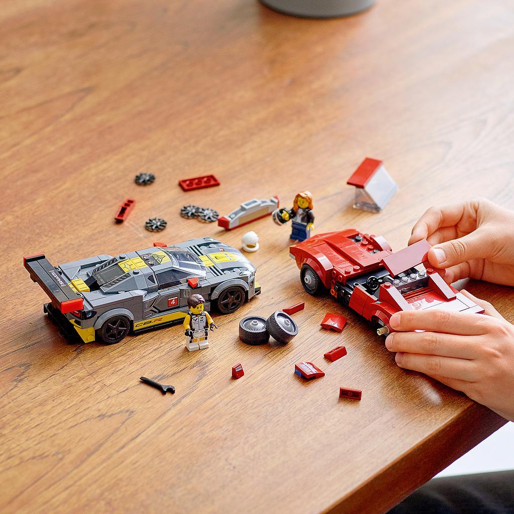 LEGO Speed Chaampions Chevrolet Corvette C8.R ja 1968. a Chevrolet Corvette