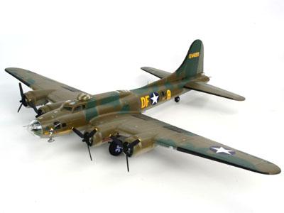 Revell B-17F `Memphis Belle`  ..