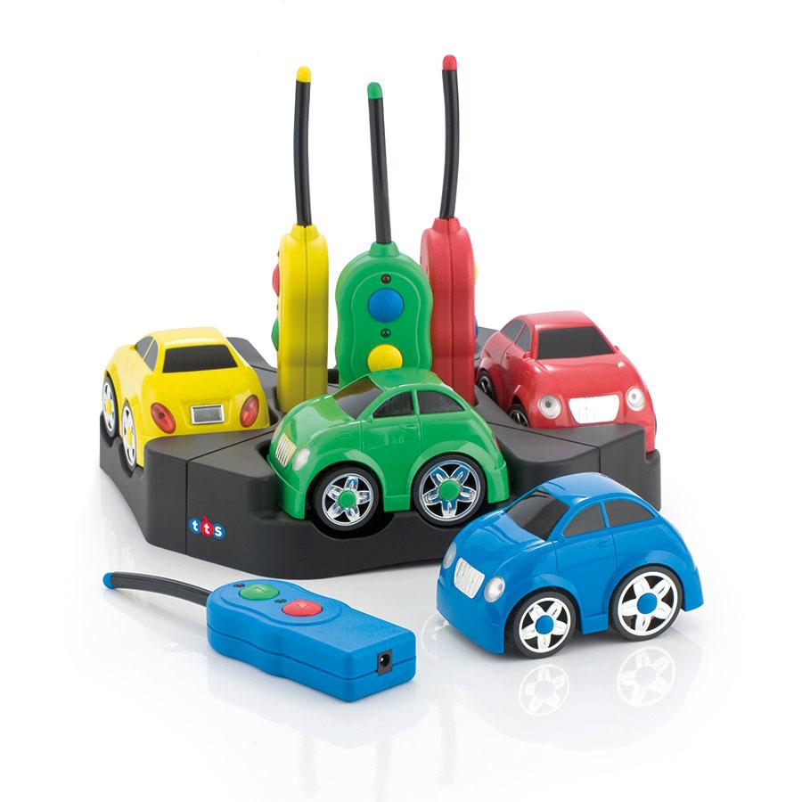 Raadio teel juhitavad Lihtsad autod 4 tk