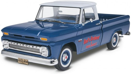 Revell 1966 Chevy Fleetside Pickup  1:25