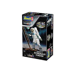 Revell plastic model Apollo 11 Astronaut on the Moon 1:8