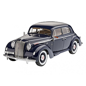 Revell plastic model Luxury Class Car Admiral Saloon 1:24